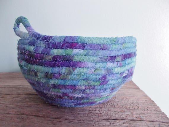 Clothesline Yarn Bowl, Fabric Yarn Bowl, Coiled Clothesline Bowl,  Knitter's Bowl, Crochet Bowl, Knitter's Yarn Storage