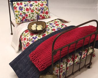 Miniature Dollhouse Duvet Bedding Set - Beautiful Red and Purple Flower - Twin Size