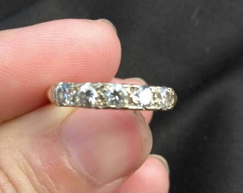 10k five stone diamond band ring. Vintage style.
