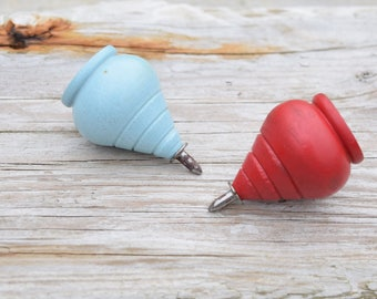 Wooden Spinning Tops, Red Spinning Top, Blue Spinning Top, Retro Toy, Wooden Tops, Country Decor, Pair of Tops, Toy Top, Red and Blue