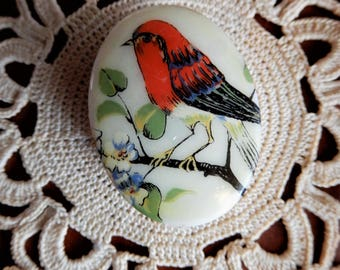 """Lovely Small Vintage Brass Gold Colored Scarlet Tanager Red Bird Pill Box L 1 5/8"""""""