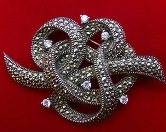 Rare Vintage JUDITH JACK Victorian Inspired Golden Marcasite and Sunray Crystal Sterling Silver RIBBON Brooch