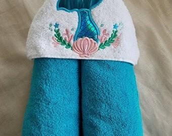 Mermaid Tail Hooded Towel.Kids Hooded Towel,Childs Hooded Towel,Personalized Hooded Towel,Hooded Bath Towel,Hooded Beach Towel,Mermaid Towel