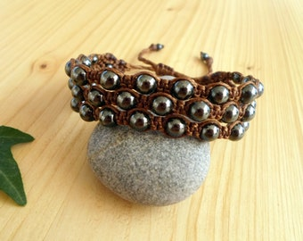 Hematite macrame bracelet, macrame jewelry, beaded bracelet, healing jewelry, macrame stone, gemstone bracelet, hematite jewelry