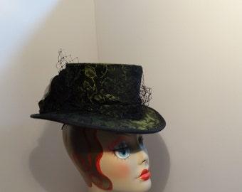 Victorian Riding Hat Women Green and Black Veiling Elegant