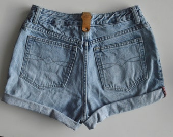 90s High Waisted Red Rhythm cut off rolled jean shorts 28