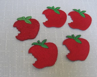 Red Apple Sew On Appliques / Apples with Bite / Set of 5 / Apple Appliques / Red Apple Sewing Trim / Tote Bag Applique / Trim / Teacher