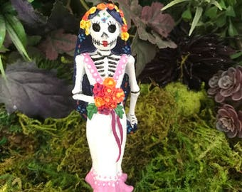 Miniature Day of the Dead Skeleton Bride Catrina