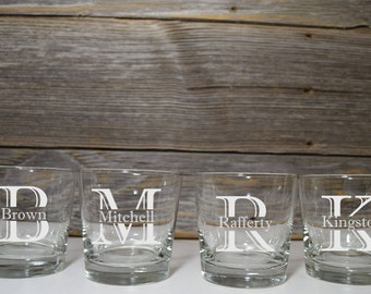 Monogram Whiskey Glasses / Personalized Rocks / Groomsmen gifts / Gift for Best Man / Groomsman / Father of the Bride / Groomsman gift