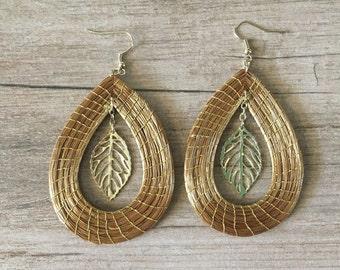 Leaf Drop Golden Grass Earrings / Organic Jewelry / Capim Dourado / Brincas Oro Vegetal