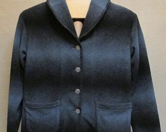 Vintage 1990's Woolrich Blue Black Ombre Fleece Button Jacket Coat Size M/L USA