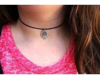 HAMSA CHOKER NECKLACE: Hamsa Hand Necklace, Hamsa Charm Necklace, Silver Hamsa Necklace, Evil Eye Necklace, Hand of Fatima Necklace, Hamsa