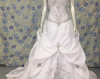 Strapless White and Silver Beaded Wedding Dress Sz 8-10