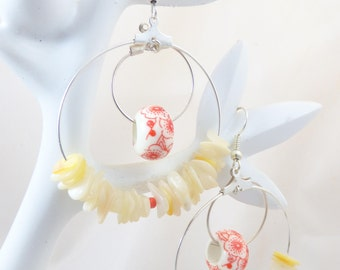 Hoop earrings with Pearl and porcelain beads