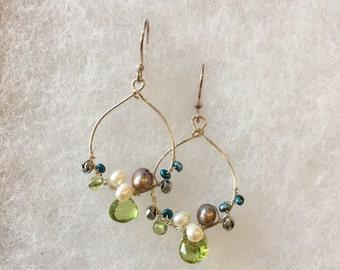 Multi-color cluster earrings