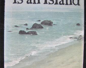 No Man Is an Island // 1970 Hardback // Meditative prose by John Donne //ISBN 0394404823