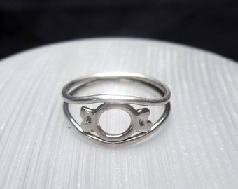 Argentium sterling silver candy ring, looks like candy, wire ring, size 7.75 (7 3/4), metal ring, fabricated, fused ring, flat ring, silver