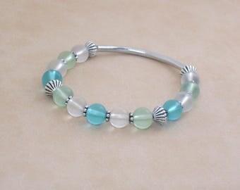 Bracelet Sea Glass Silver Stretch Bangle Bracelet, Recycled Glass Blue Green White Beach Bracelet, Sea Glass Silver Bracelet, Beach Jewelry