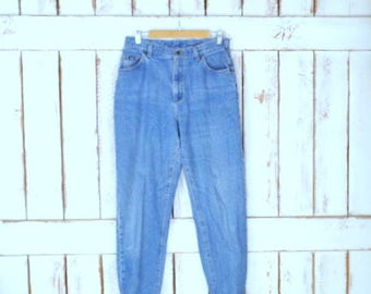 80s vintage Lee light blue faded wash high waisted jeans/tapered leg blue jeans