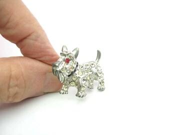 Scottie Dog Brooch. Small Rhinestone Scotty. Pot Metal, Ruby Red Eye, Black Collar. Vintage 1950s Figural Scottish Terrier Jewelry