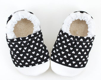 heart baby shoes monochrome hearts baby girl soft sole shoes heart booties black and white moccs rubber sole shoes rubber toe shoes toddler