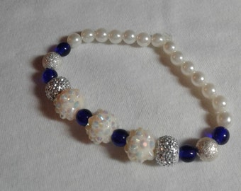 Pearl and blue and white glass bead bracelet