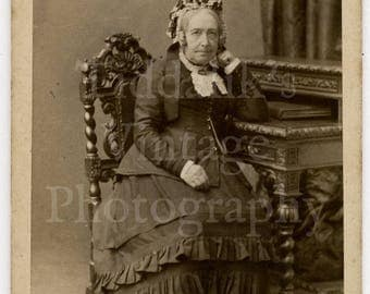 CDV Photo Victorian Seated Old Woman with Frilly Crinoline Dress & Fancy Hat - Harrogate England - Carte de Visite Antique Photograph