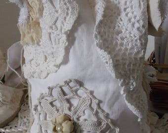 Linen and antique lace shoulder purse