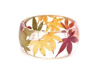 Botanical Bangle. Maole laef bangle. Maple leaf bracelet. Forest jewellery. Resin Bracelet. Nature jewellery. Woodland. By OCEAN PETALS