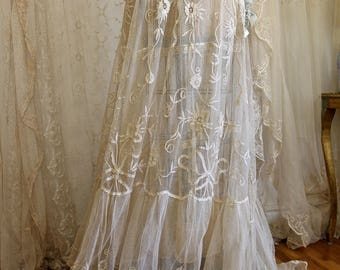 Breathtaking Antique Wedding Gown Victorian Lace Bridal 1910s Dress Ecru