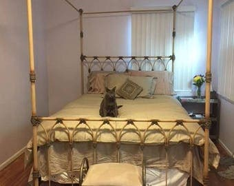 canopy queen bed wrought iron