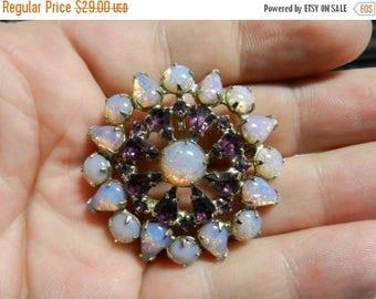 Summer Sale Vintage Costume Jewelry Brooch