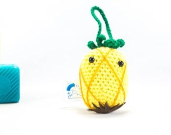 Crochet pineapple car accessory, pineapple car mirror hanger, crochet fruit, crochet pineapple, crochet decoration, amigurumi fruit