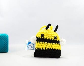 Crochet bee, bee decoration, crochet decoration, car accessory, insect decoration, car buddy, stuffed bee, amigurumi bee