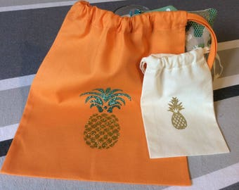 """Set of 2 bags """"pineapple story""""."""