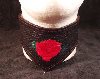 FREE SHIPPING! Handmade vegetable tanned leather choker with tooled rose