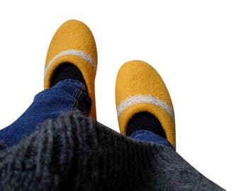 Yellow wool Felted slippers Natural gift for mom Felted wool clogs Comfortable house slippers Felt shoes Mother From Daughter or Son