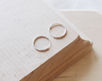 E1106 - New 16MM Sterling Silver Dainty Tiny Hoop Earrings