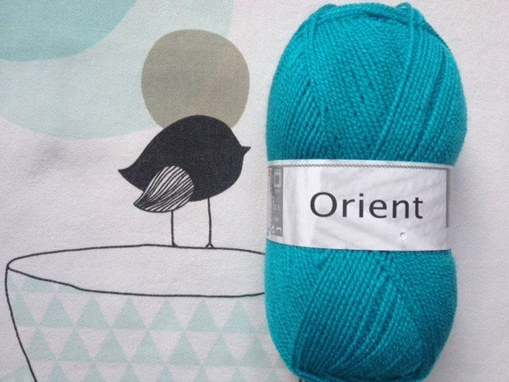 WOOL Oriental Turquoise - white horse