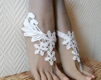 Lace barefoot sandals - Destination Wedding - Beach wedding footless sandal -Bridesmaid barefoot sandals - Light ivory barefoot sandals