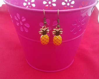 Pineapple Drop Earrings, Fruit Dangle Earrings, Summer Crush Accessories, Tropical Fashion Jewellery, Kawaii Jewelry, Fruit Drops