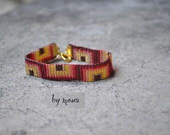 Bracelet woven seed beads