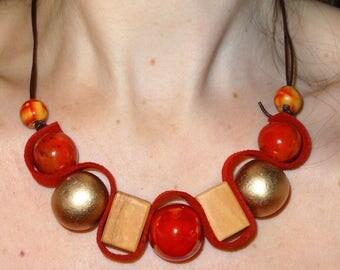 Necklace big beads elegant summery