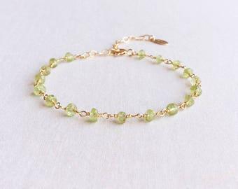 Peridot Bracelet, August Birthstone, Heart Chakra, Peridot Jewelry, Green Gemstone Bracelet, Green Bracelet, Green Stone Bracelet, GB8