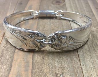spoon bracelet, daffodil bracelet, silverware bracelet,spoon jewelry,silverware jewelry, 1950, Cancer survivor, March flower, magnetic clasp