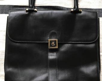 Vintage leather top handle bag in black