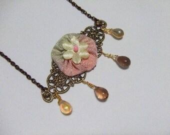 Bronze necklace stamp 'between Sun and cloud'