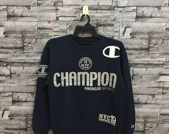 Vintage CHAMPION SWEATSHIRT / 90s CHAMPION jumper pullover / champion big logo / champion sweater / champion spellout hoodie