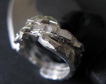 Rustic Mens Wedding Band Mens Wedding Ring Viking Wedding Ring Unique Mens Wedding Band Mens Wedding Rings Mens Wedding Bands Rustic Man