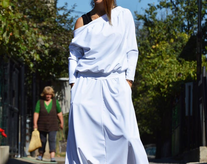 New White Drop Crotch Jumpsuit, Hooded Extravagant Overall, Loose Casual Pants by SSDfashion